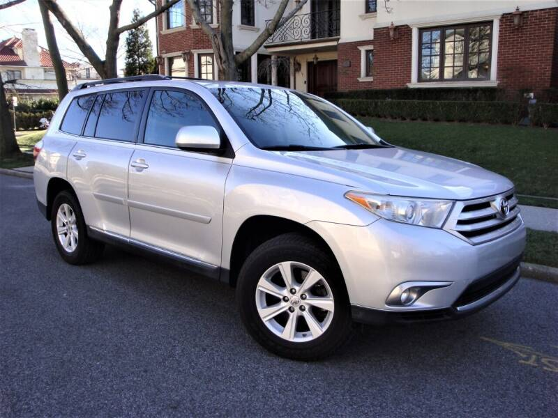 2013 Toyota Highlander for sale at Cars Trader in Brooklyn NY