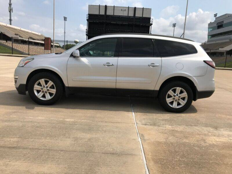 2014 Chevrolet Traverse for sale at ALL AMERICAN FINANCE AND AUTO in Houston TX
