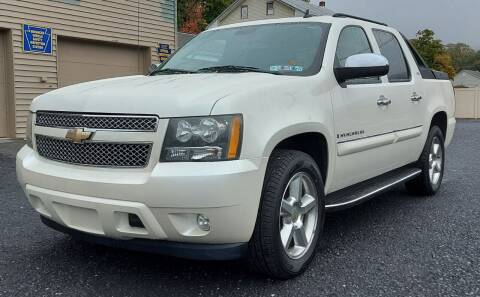 2008 Chevrolet Avalanche for sale at PMC GARAGE in Dauphin PA