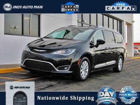 2019 Chrysler Pacifica for sale at INDY AUTO MAN in Indianapolis IN