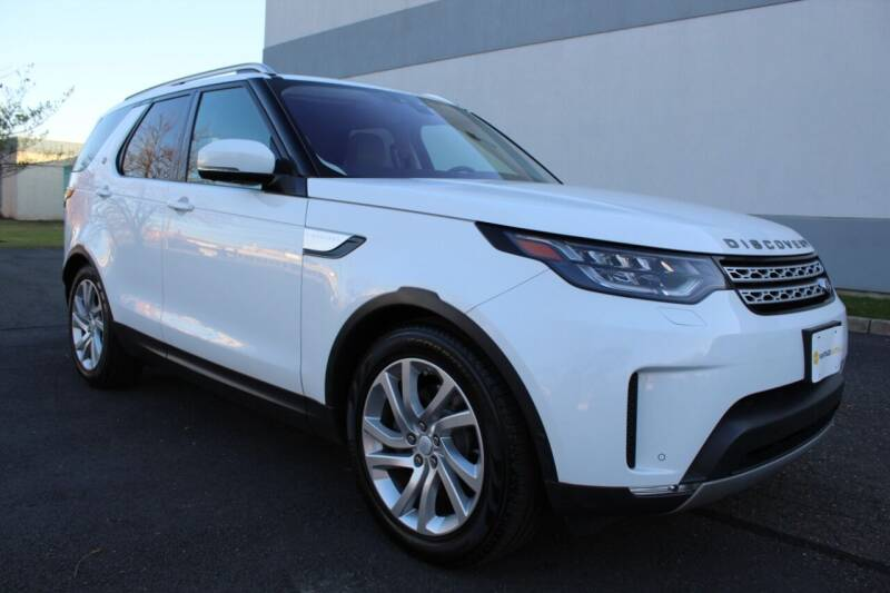 2017 Land Rover Discovery for sale at Vantage Auto Wholesale in Lodi NJ