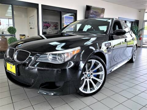 2006 BMW M5 for sale at SAINT CHARLES MOTORCARS in Saint Charles IL
