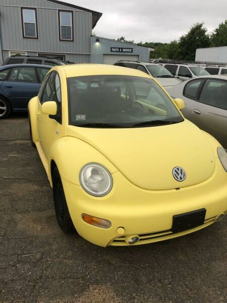 2000 Volkswagen New Beetle for sale at Classic Heaven Used Cars & Service in Brimfield MA