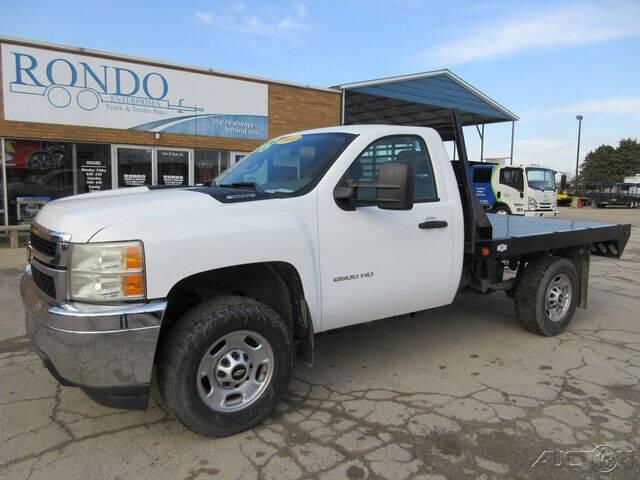 2014 Chevrolet Silverado 2500HD for sale at Rondo Truck & Trailer in Sycamore IL