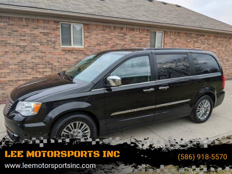 2013 Chrysler Town and Country for sale at LEE MOTORSPORTS INC in Mount Clemens MI