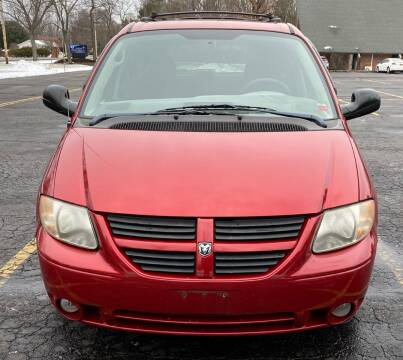 2005 Dodge Grand Caravan for sale at Select Auto Brokers in Webster NY