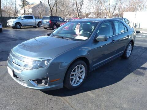 2012 Ford Fusion for sale at Deals on Wheels in Oshkosh WI