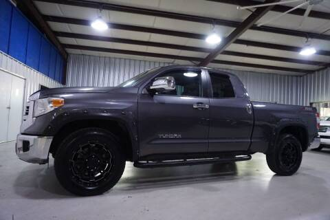 2016 Toyota Tundra for sale at SOUTHWEST AUTO CENTER INC in Houston TX