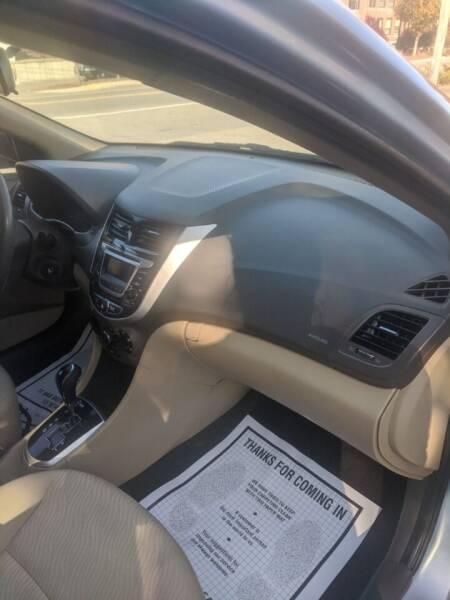 2014 Hyundai Accent GLS 4dr Sedan - Fitchburg MA