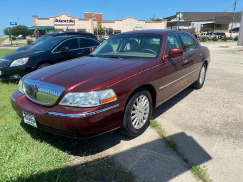 2003 Lincoln Town Car for sale at MARLER USED CARS in Gainesville TX