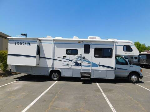 2005 Fleetwood TIOGA 31M for sale at Gold Country RV in Auburn CA