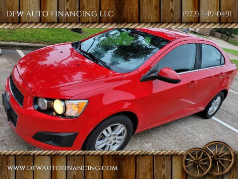 2013 Chevrolet Sonic for sale at DFW AUTO FINANCING LLC in Dallas TX