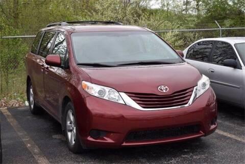 2017 Toyota Sienna for sale at BOB ROHRMAN FORT WAYNE TOYOTA in Fort Wayne IN