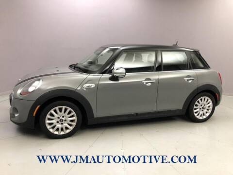 2016 MINI Hardtop 4 Door for sale at J & M Automotive in Naugatuck CT