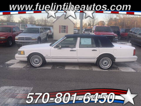 1994 Lincoln Town Car for sale at FUELIN FINE AUTO SALES INC in Saylorsburg PA