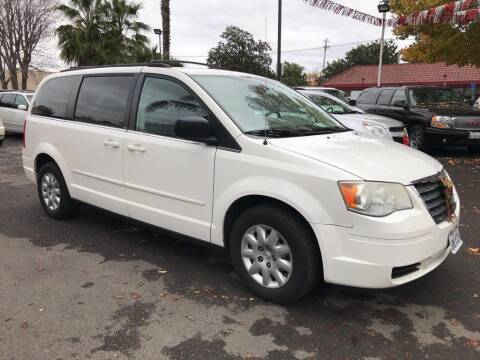 2007 Chrysler Town and Country for sale at EXPRESS CREDIT MOTORS in San Jose CA