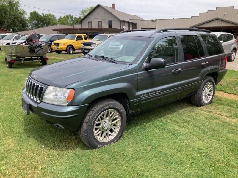 2002 Jeep Grand Cherokee for sale at COUNTRYSIDE AUTO INC in Austin MN