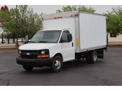 2012 Chevrolet Express Cutaway for sale at Terry Halbert Auto Sales in Yukon OK