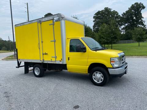 2012 Ford E-Series Chassis for sale at GTO United Auto Sales LLC in Lawrenceville GA