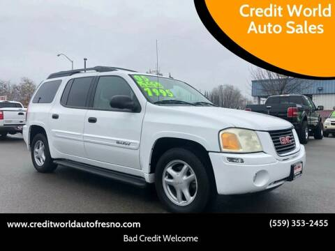 2005 GMC Envoy XL for sale at Credit World Auto Sales in Fresno CA