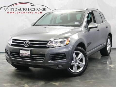 2013 Volkswagen Touareg for sale at United Auto Exchange in Addison IL