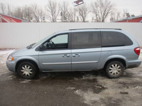2005 Chrysler Town and Country for sale at Chaddock Auto Sales in Rochester MN