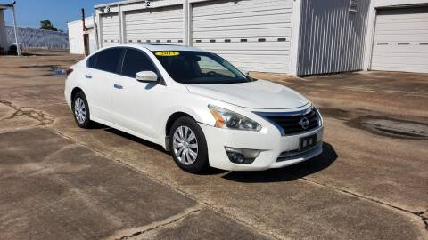 2013 Nissan Altima for sale at ZORA MOTORS in Rosenberg TX