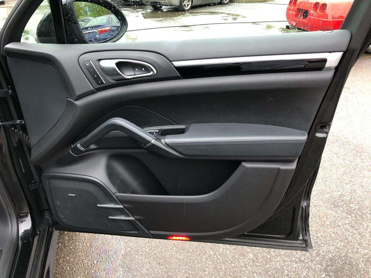 2014 Porsche Cayenne Sport Utility