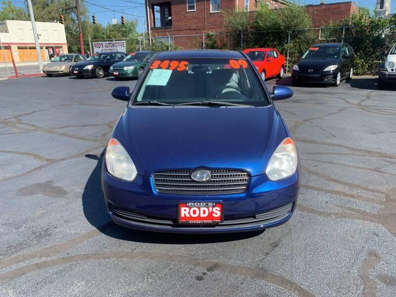 2009 Hyundai Accent for sale at Rod's Automotive in Cincinnati OH