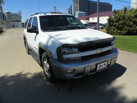 2004 Chevrolet TrailBlazer for sale at J & S Auto Sales in Thompson ND