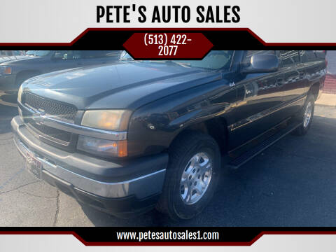 2005 Chevrolet Avalanche for sale at PETE'S AUTO SALES - Middletown in Middletown OH