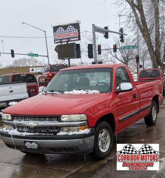 2002 Chevrolet Silverado 1500 for sale at Corridor Motors in Cedar Rapids IA