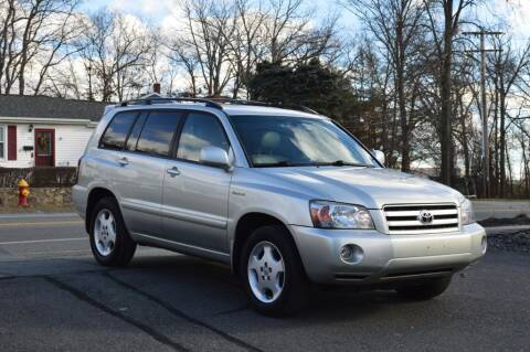 2005 Toyota Highlander for sale at LARIN AUTO in Norwood MA
