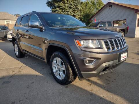 2014 Jeep Grand Cherokee for sale at Triangle Auto Sales in Omaha NE