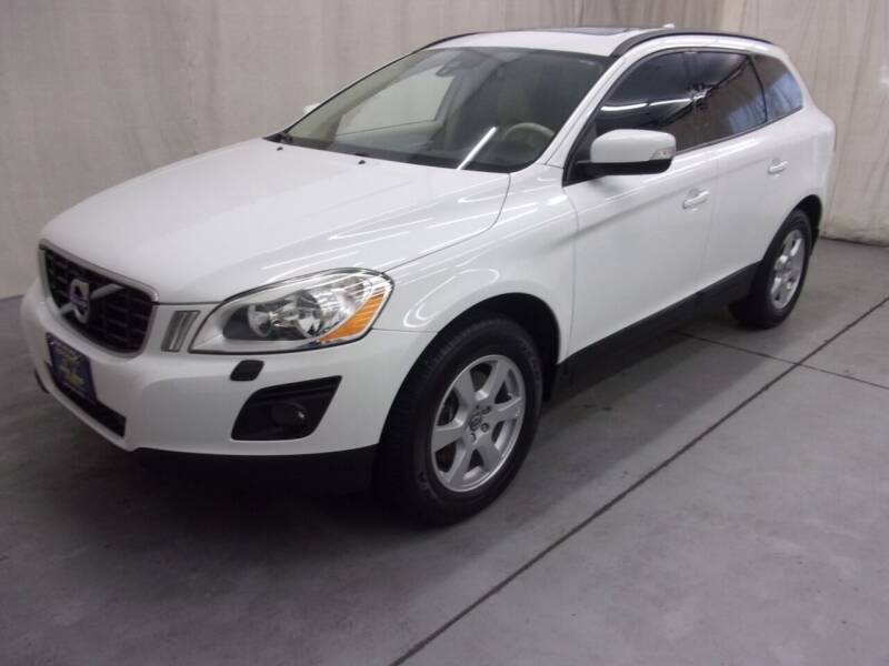 2010 Volvo XC60 for sale at Paquet Auto Sales in Madison OH