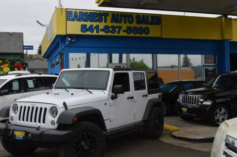 2015 Jeep Wrangler Unlimited for sale at Earnest Auto Sales in Roseburg OR