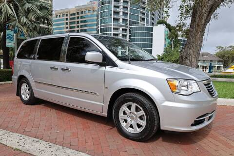 2012 Chrysler Town and Country for sale at Choice Auto in Fort Lauderdale FL