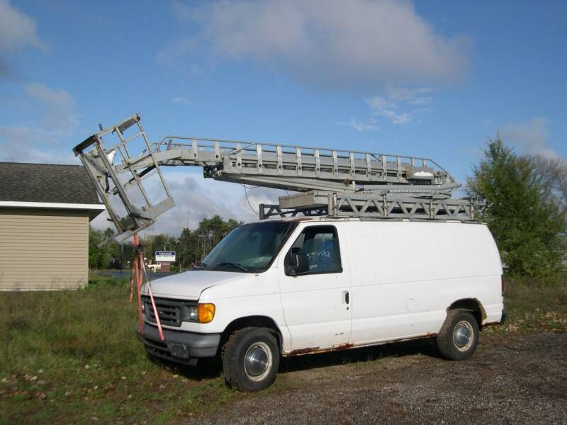 2006 Ford E-250 for sale in Columbus, MN