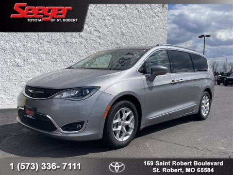 2018 Chrysler Pacifica for sale at SEEGER TOYOTA OF ST ROBERT in St Robert MO