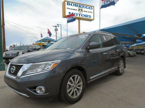 2013 Nissan Pathfinder for sale at Borrego Motors in El Paso TX