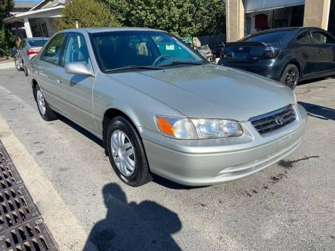 2000 Toyota Camry for sale at GET N GO USED AUTO & REPAIR LLC in Martinsburg WV