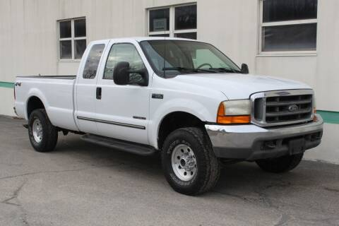 2000 Ford F-250 Super Duty for sale at Encore Auto in Niles MI
