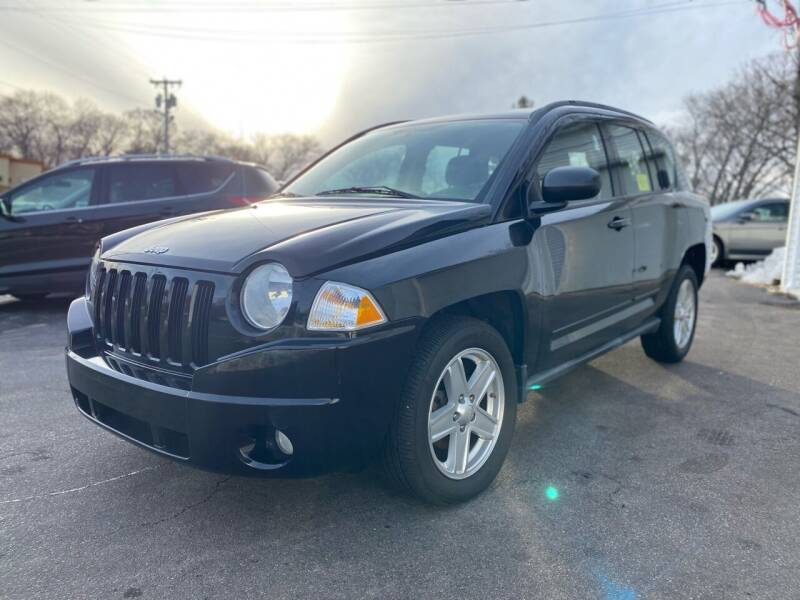 2010 Jeep Compass for sale at SOUTH SHORE AUTO GALLERY, INC. in Abington MA