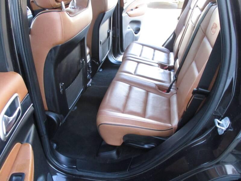 2011 Jeep Grand Cherokee 4x4 Overland 4dr SUV - Crystal Lake IL