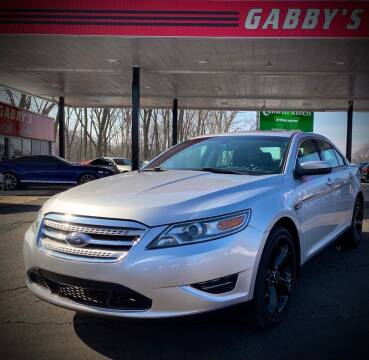 2010 Ford Taurus for sale at GABBY'S AUTO SALES in Valparaiso IN
