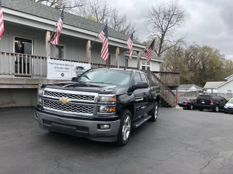 2014 Chevrolet Silverado 1500 for sale at Flash Ryd Auto Sales in Kansas City KS