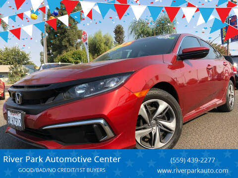2019 Honda Civic for sale at River Park Automotive Center in Fresno CA