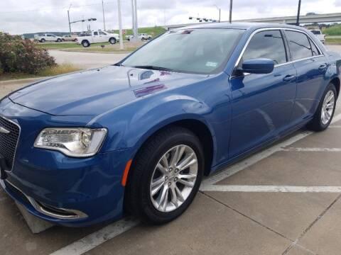 2020 Chrysler 300 for sale at Stanley Chrysler Dodge Jeep Ram Gatesville in Gatesville TX