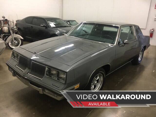 1986 Oldsmobile Cutlass Supreme for sale at CHAGRIN VALLEY AUTO BROKERS INC in Cleveland OH