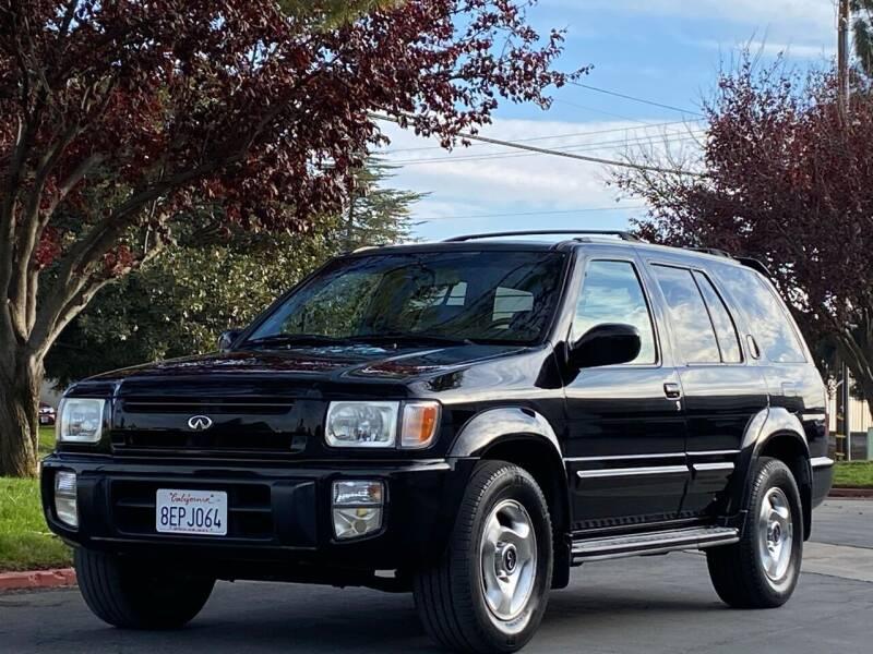 2000 Infiniti QX4 for sale at AutoAffari LLC in Sacramento CA